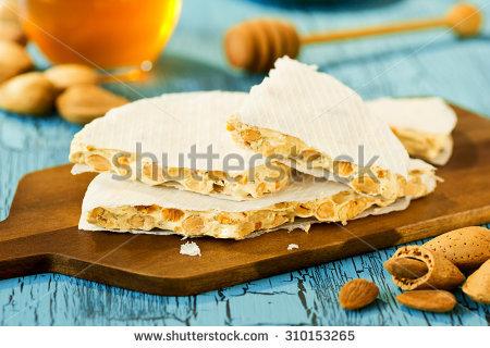 Olasz torrone (nugát)