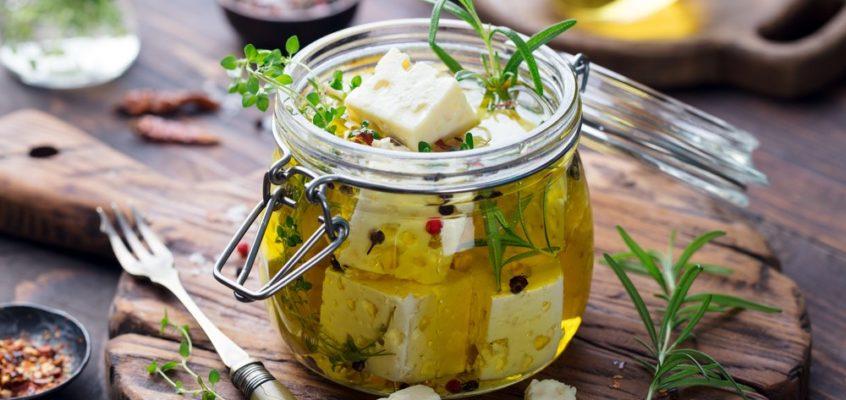 Feta fűszeres olivaolajban