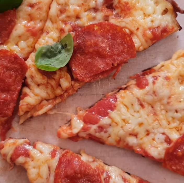 Egy nagyon gyors pizza estére serpenyőben