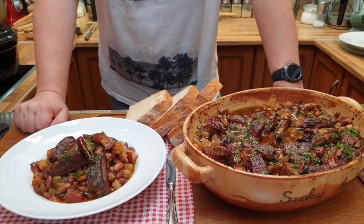 Burgundi sertésoldalas babbal mindenkor